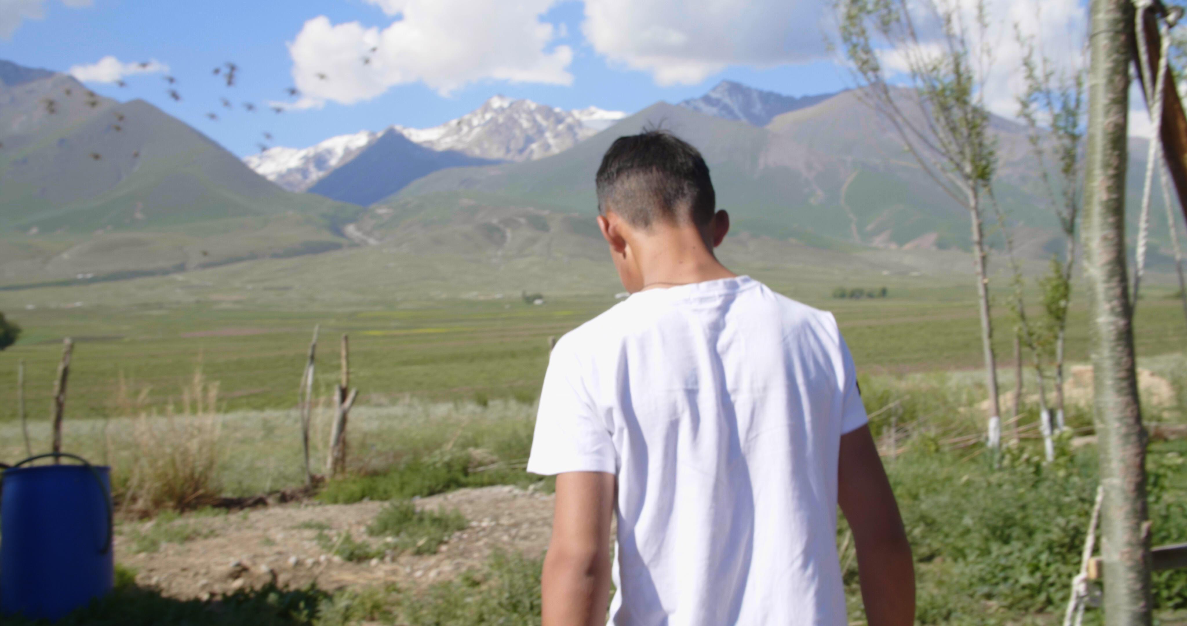 KyrgyzNightingale_Stills__1.13.3