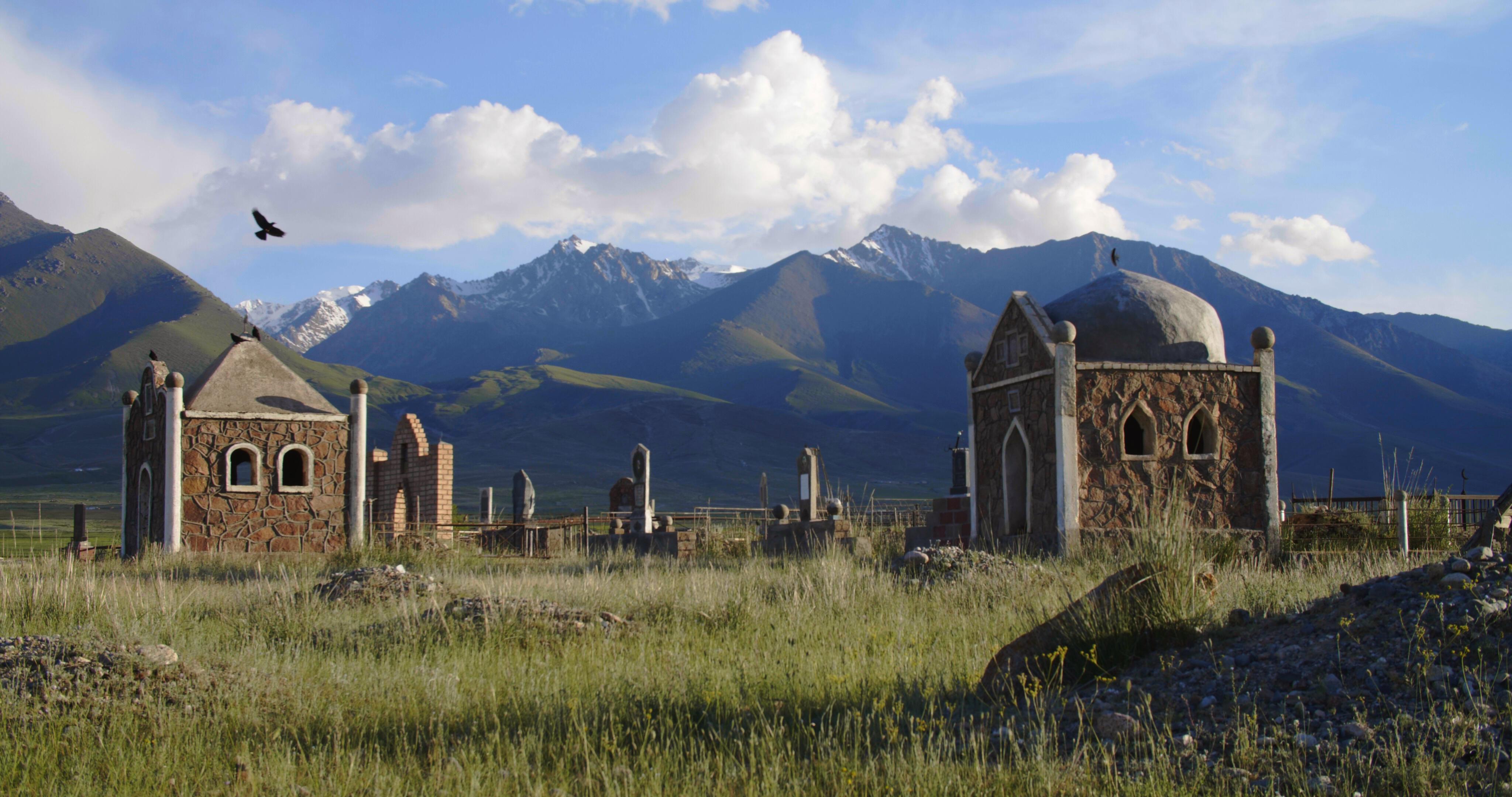 KyrgyzNightingale_Stills__1.29.1